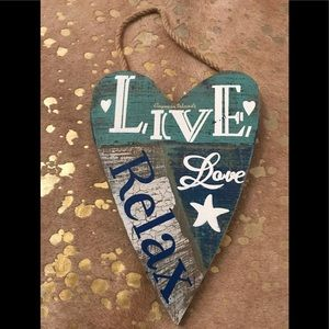 LIVE LOVE RELAX Wall Wood Heart